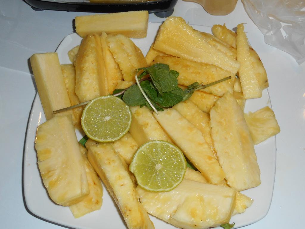 ananas coupé jus d'ananas