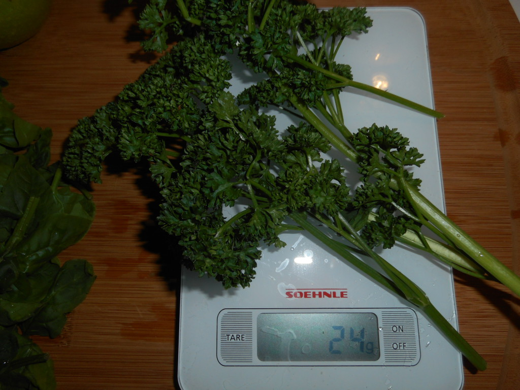 jus-vert-carotte-épinard-persil-3