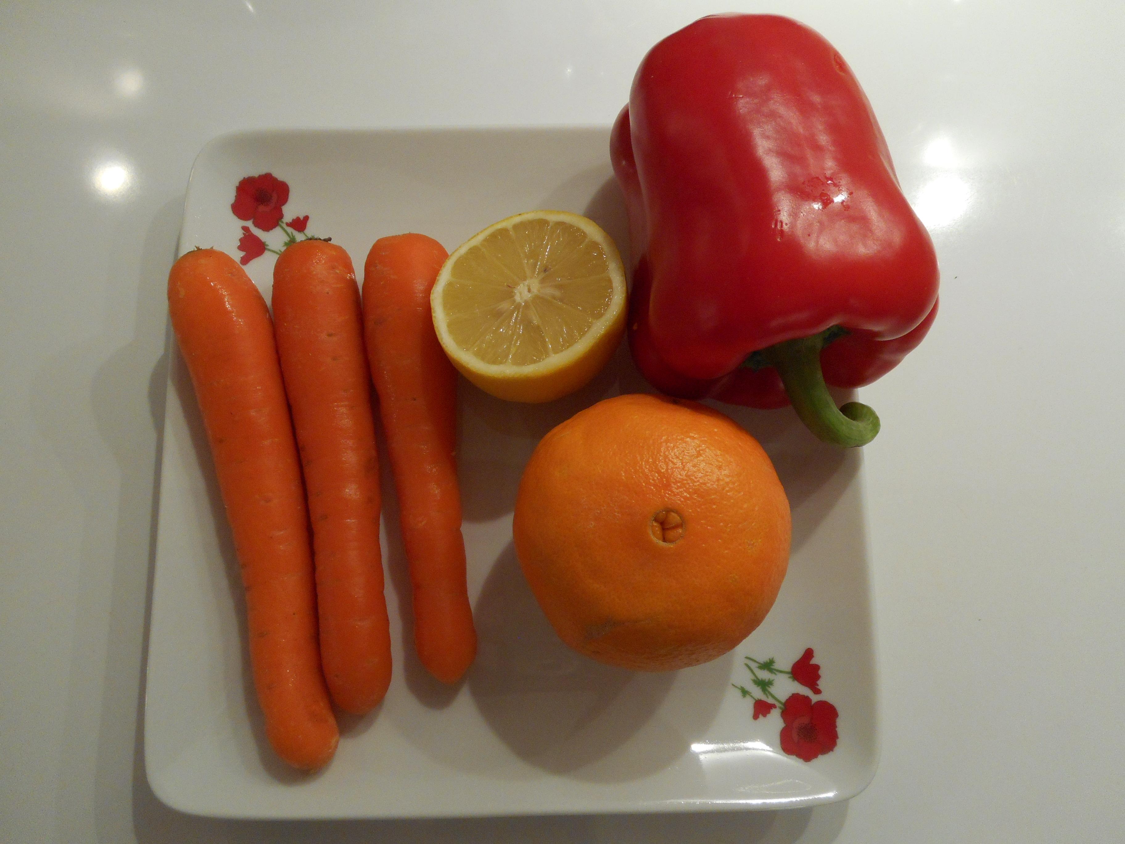 Le jus de poivron concentr d 39 antioxydants et de vitamine c - Cuisiner le poivron vert ...