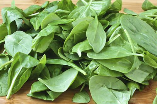 épinards-alimentation-arthrose-jus-de-légumes-alimentation-arthrose