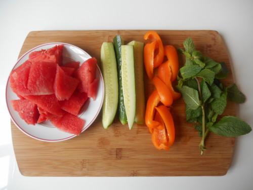 jus-de-pastèque-poivron-concombre-menthe-3